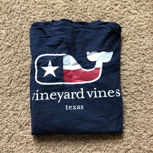 American Flag Themed Vineyard vines Long Sleeve!